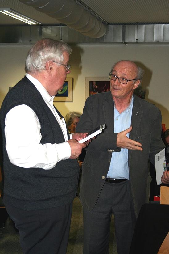 Hans G. Weidinger und Eckhard Bendin im Gespräch, 2012.