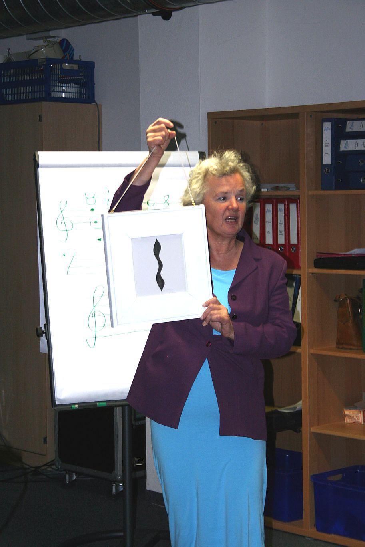 """Olga Hoch spricht über """"Die Quinte"""", 2012."""